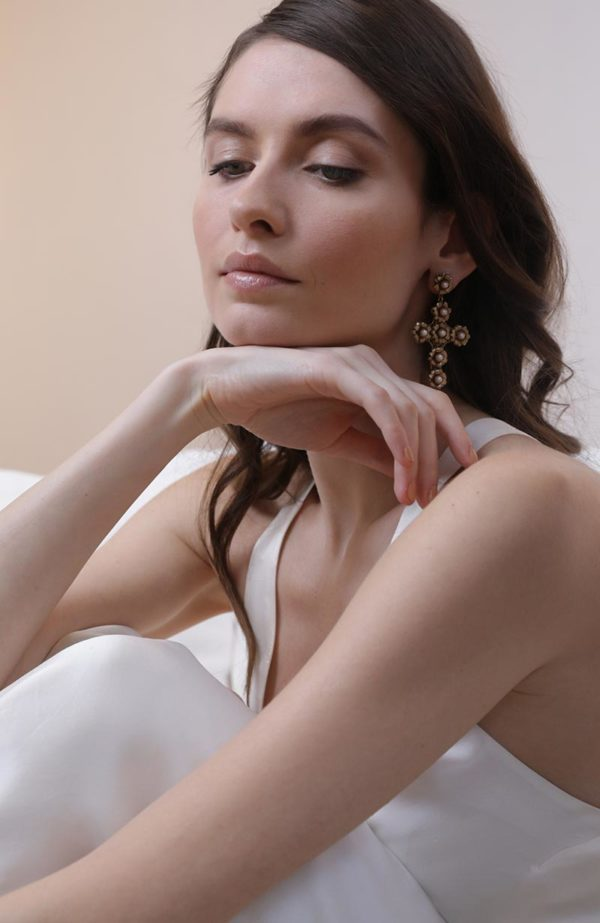 Bridal earrings with Swarovski crystals - Love Is Like A Rose Paris