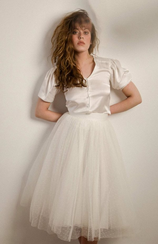 Satin silk blouse and short bridal sleeves - Love Is Like A Rose Paris